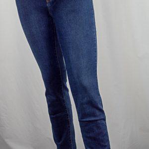 Voggo-Straight-Leg jean