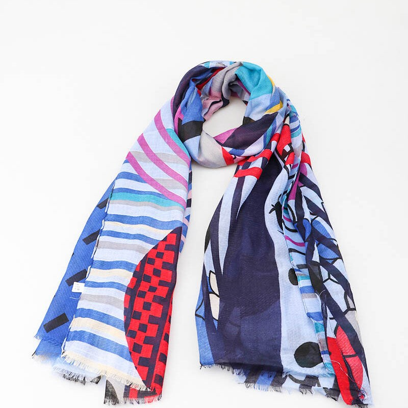 navy and red scarf