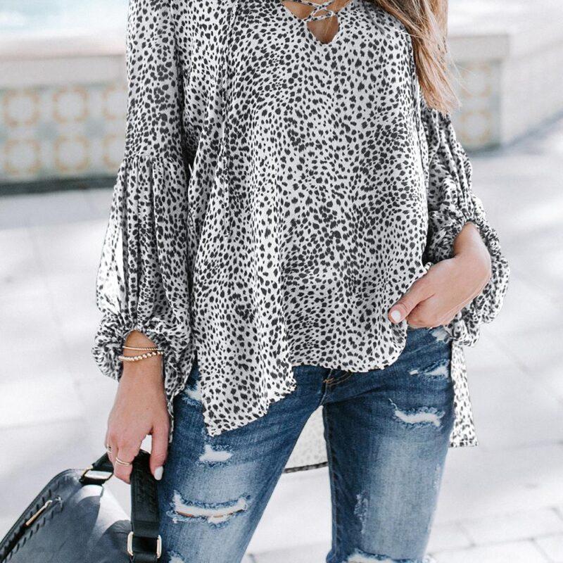 white and black blouse jerros