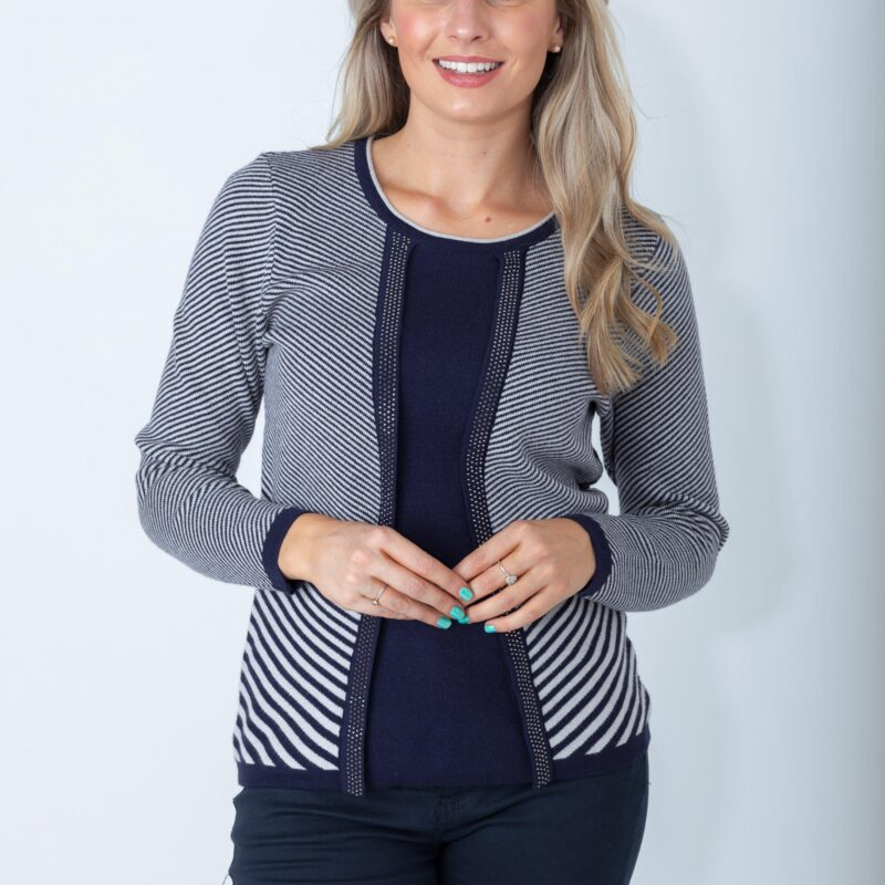 Diagonal-Striped-Sweater_navy